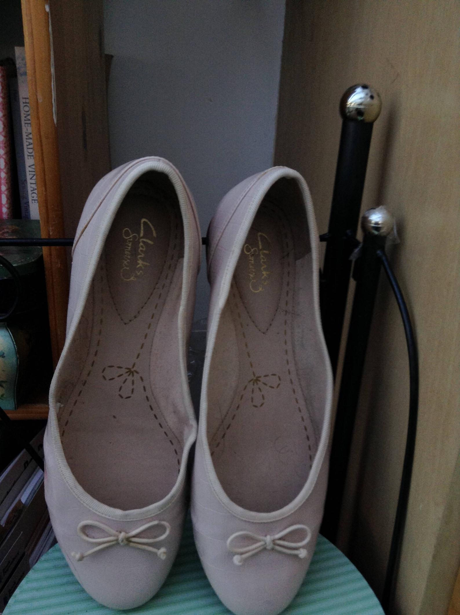 vintage clarke's ballet slip on shoes, flats, ballet flats. nude shoes, us 6.5 uk 4
