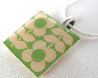 Unique and Unusual folk Retro inspired Flower Pattern Scandinavian Blue retro Print Crafted Ceramic Resin Necklace Pendant Gift