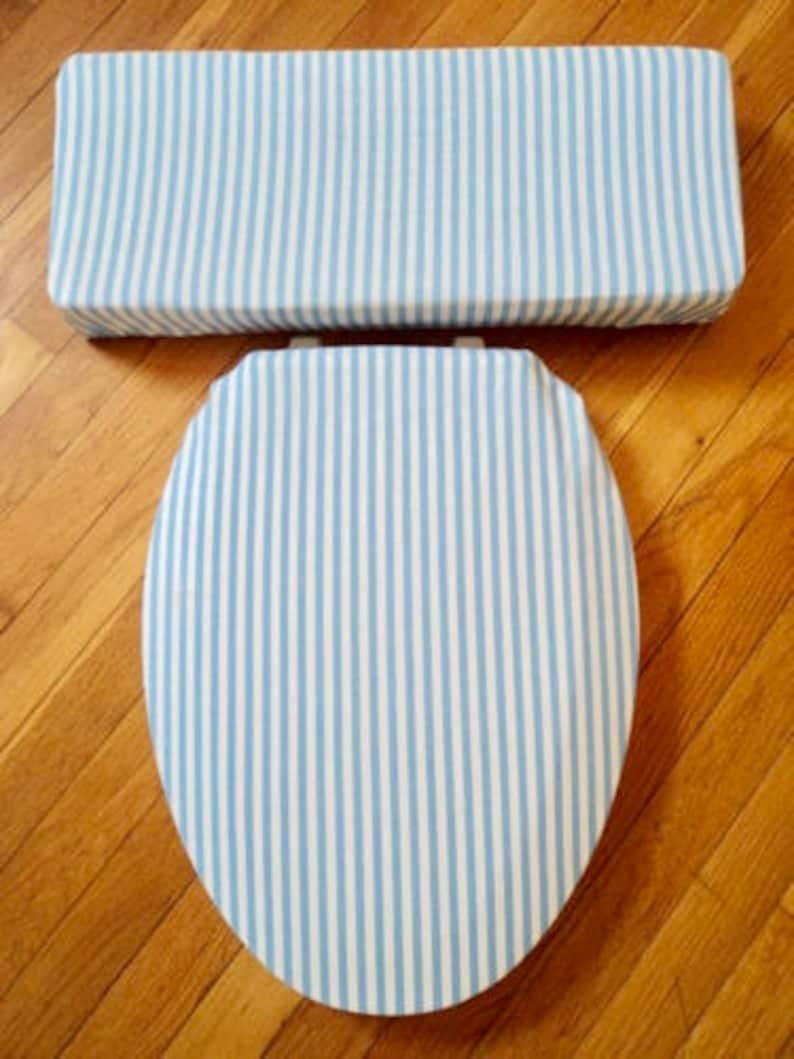 Astounding Light Blue Stripe Toilet Seat Cover Set Gamerscity Chair Design For Home Gamerscityorg