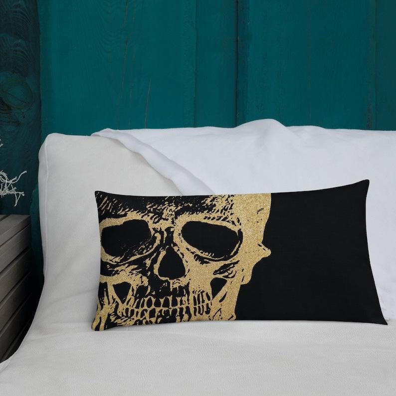 Glamour Black /& Gold Halloween Skull Premium Accent Pillow