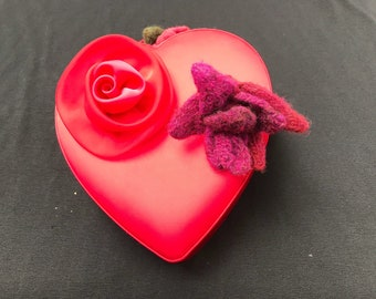 Felted Flower Pin - Magenta and Red
