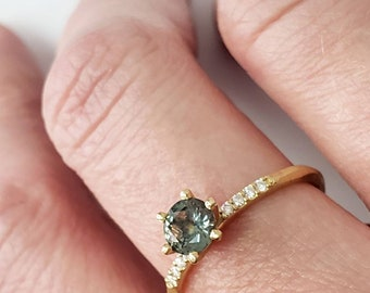 Montana sapphire solitaire ring with Canadian diamonds women's solid gold engagement ring, yellow rose or white gold 10k 14k 18k