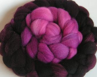 Roving Fiber Top Wool Falkland Gradient VERY BERRY 4 oz Easy Spin Felt Knit Weave Craft Purple Wine