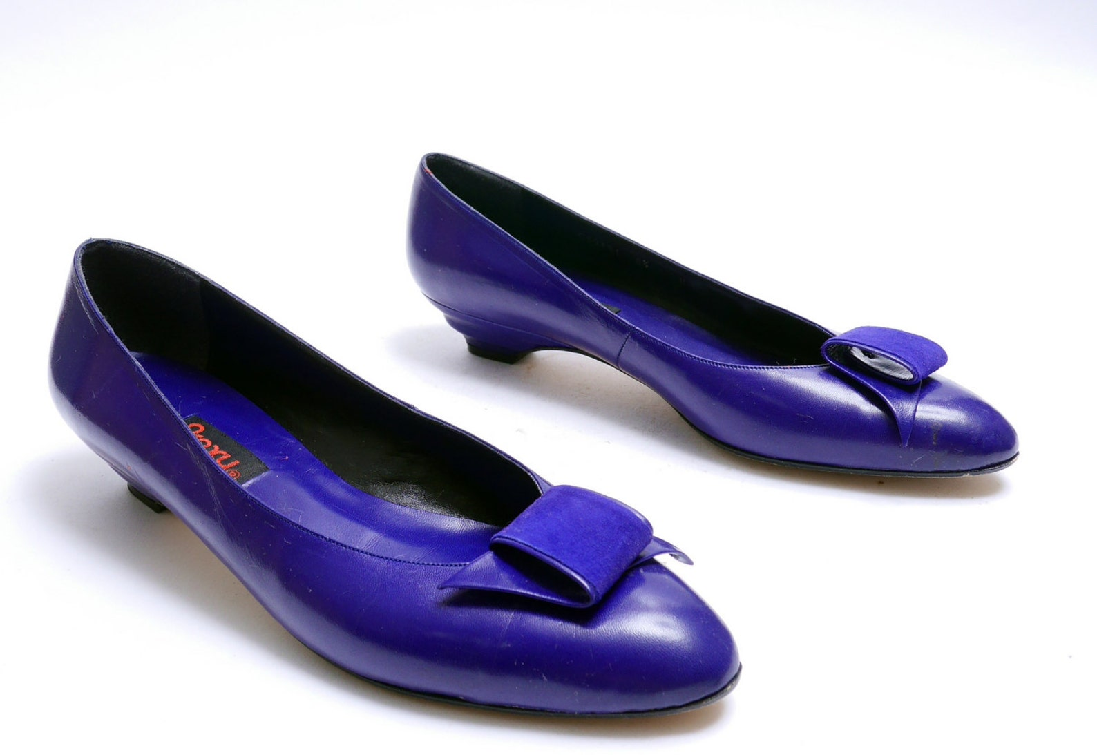 vintage 80s indigo violet proxy pumps// retro chic blue ballet flats // glam dress shoes// 8 1/2n size // 103
