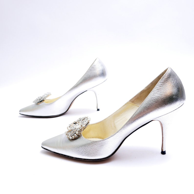 fce892db26aa3 Size 8// Vintage Designer Silver Pumps// Metallic Silver Shoes// Medallion  Rhinestone Pumps//99