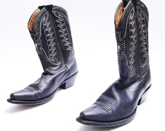 Vintage Johnny Ringo Cowboy Boots // 80's Western Boots// Black Leather Cowboy Boots // 7B size, narrow