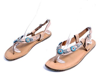 Size 9-9.5// Vintage Beaded Mootsies Sandals// Leather Flat Sandals// Made in Italy Decorated Sandals// 210