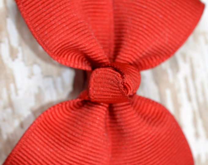 Red Hair Bow for Girls 2.5 Inch Pinwheel Boutique Hair Bow for Babies Toddlers Girls Hair Bows