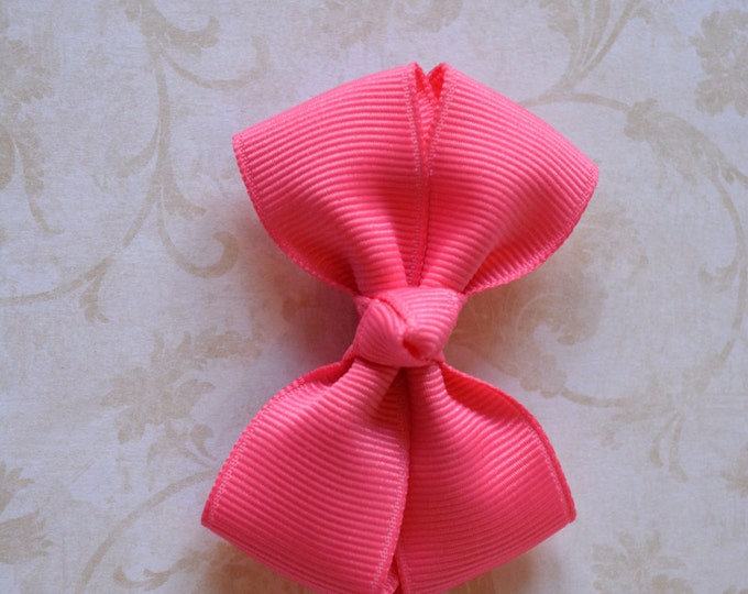 Hot Pink Hair Bow 2.5 Inch Pinwheel Boutique Bow for Babies Toddlers Girls Hair Bows