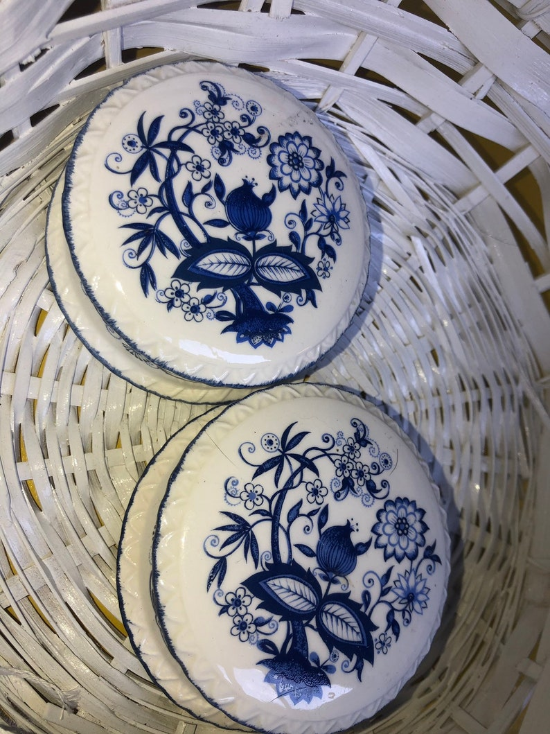 Blue White Porcelain Jewelry Box Two Boxes 2 pc Set shabby condition