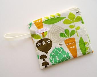 "7"" x 6"" Single Pocket Wet Bag, Vegetables Green Orange Brown Veggies, PUL Lined Bag, Washable Zipper Pouch Cloth Pad Travel Bag CSP Storage"