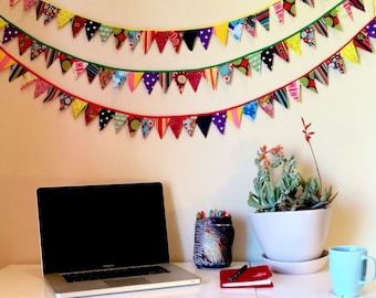 Party garland- tiny pennants, 5 ft.