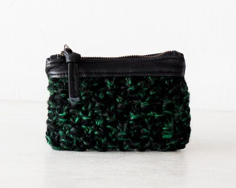 Zipper pouch with yarn and leather in green and black, handknitted zip case coin change bag little zipper bag purse credit card case