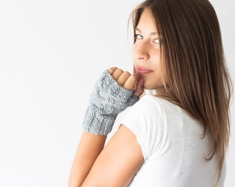 Sales Grey owl gloves fingerless gloves half fingers gloves texting gloves hand knit mittens handwarmers wrist warmers mitts