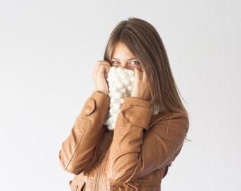 Sales Knit neck warmer off white ecru bubble crochet cowl collar circle scarf neckwarmer