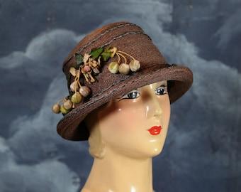 Vintage 1920s Gatsby Flapper Art Deco Straw Cloche Hat - Size Large