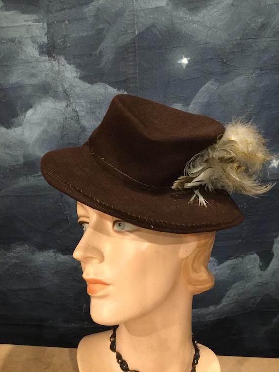 Vintage 1930s - 40s Felt High Fashion Tilt Toy Hat
