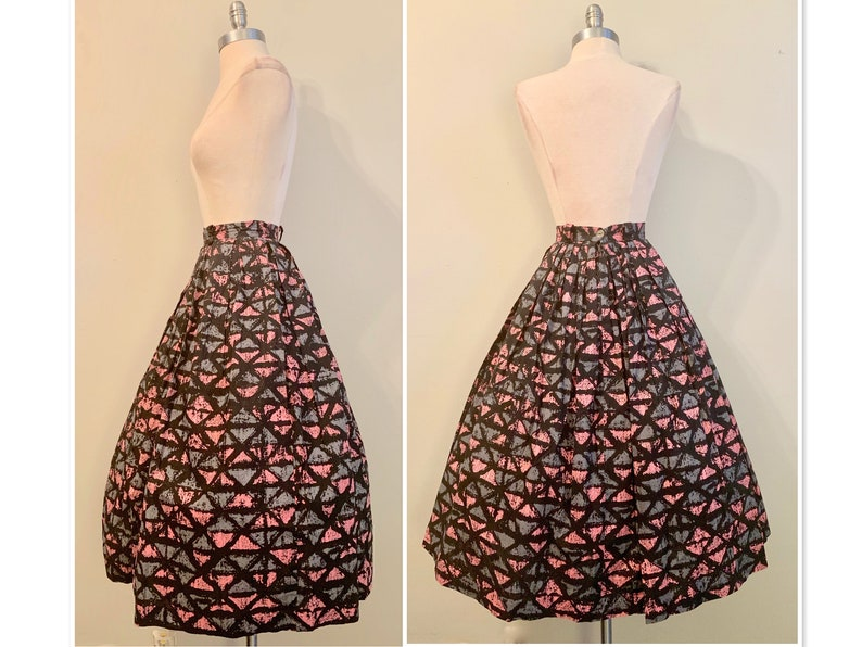 Vintage Womens 1950s Cotton Graphic Tiki Time Full Circle  Skirt Like New Waist 28