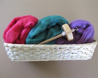 Learn to Spin Gift Basket - Vermillion, Leaf and Orchid / Spinning Gift Basket with Colorful Wool