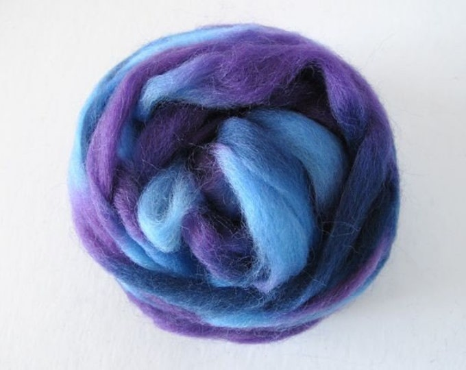 Grape Jelly Wool Roving 1oz (Northern Lights/Louet) - Free Shipping