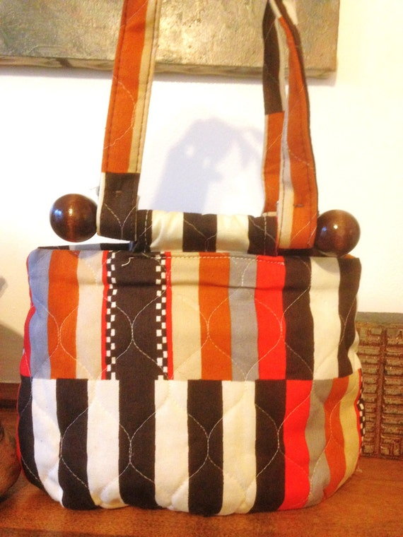 60s// Bag//Handbag// Orange//Brown//Quiltes//Vinta