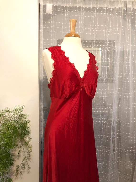 Red Nightgown//Size L//Red Silk Nightgown//Silk Ni