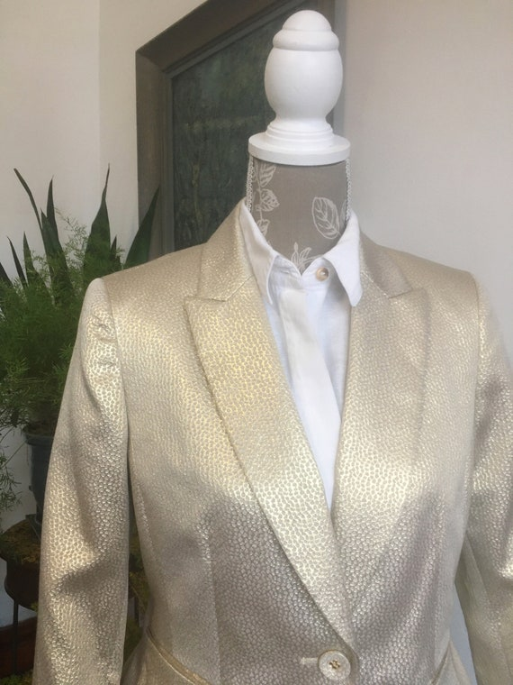 Blazer// Size 8//80s//Gold Blazer//Nine West//Gold