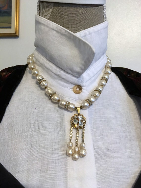 50s// Pearl Necklace//Mabe Pearl// Crystal Necklac