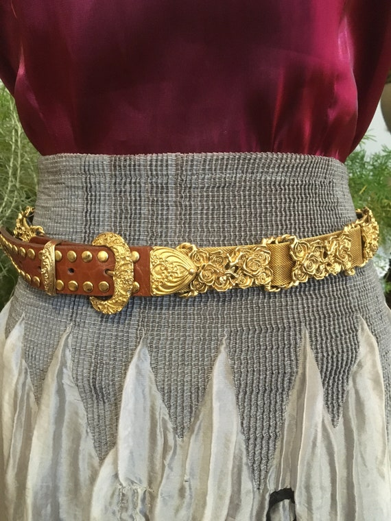 80s//Gold Concho Belt//Ornate Belt//Leather Belt//