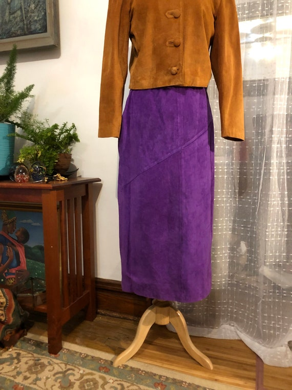Long purple Suede skirt//Size 10//purple Suede ski