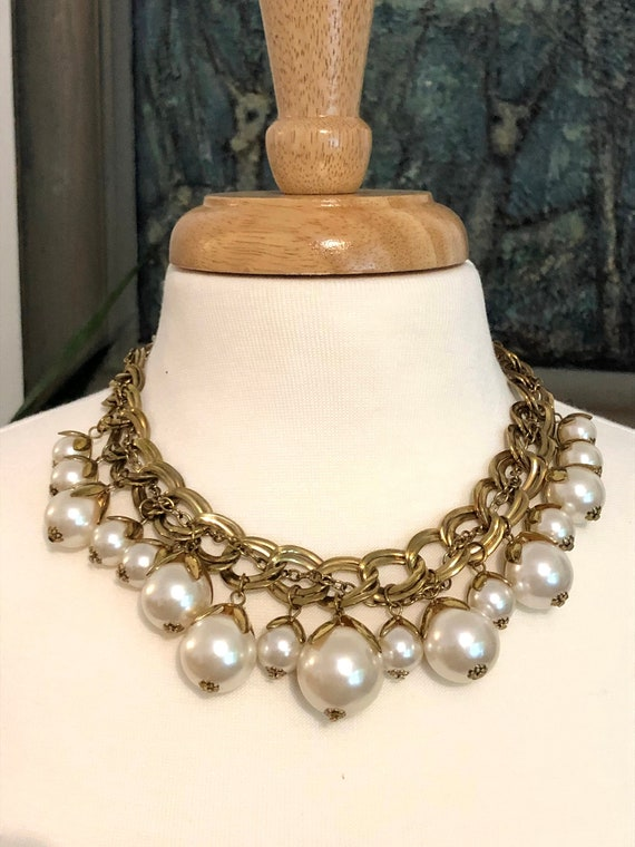 Pearl Necklace// 50s Necklace // Ornate Necklace//