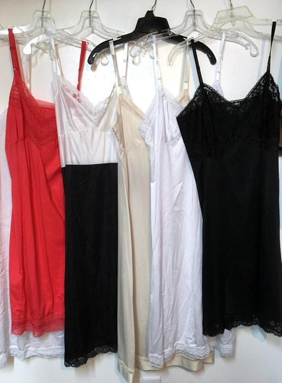 6// Slip// Size 36 // Lot //Black // Red // Beige