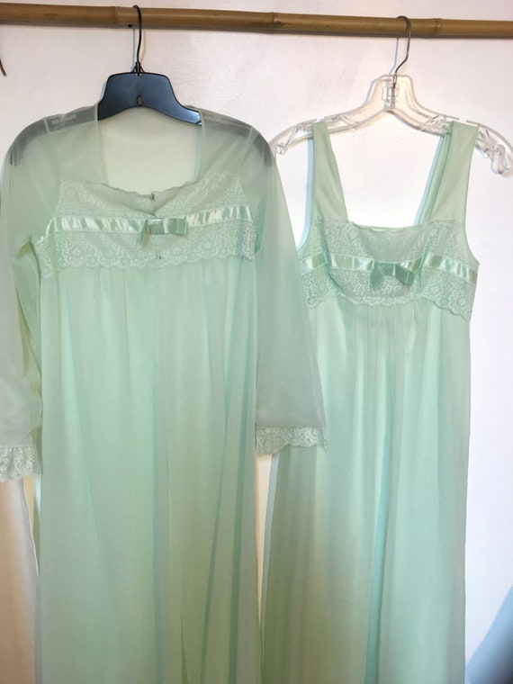 50s// Nightgown// Robe //Set//Peignoir// Size 32//