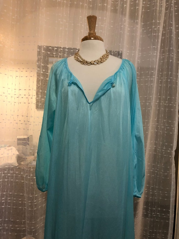 long nightgown//Size L//sexy nightgown//blue Night