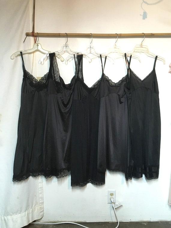 5// Vintage Slip// Size 38// Black Slip // Full Sl