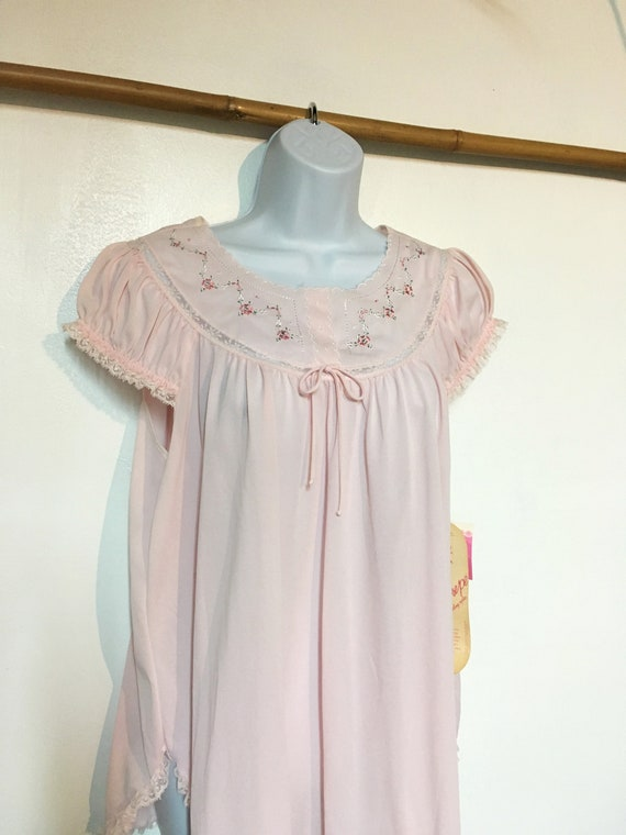 Baby Doll Night gown //Size L //Pink nightgown //N