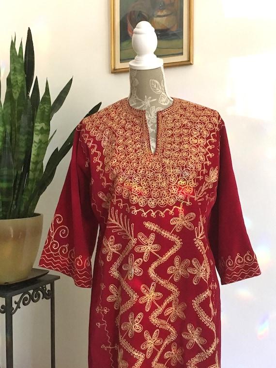Caftan//Size 6// Velvet //Dress //Gold Embroidery