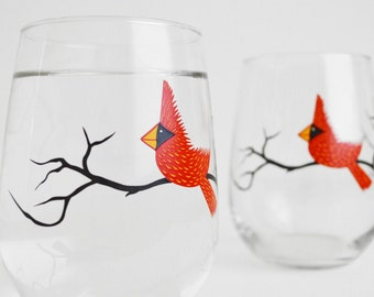 Red Cardinal Wine Glasses - Set of 2 Red Bird Glasses, Christmas Glasses, Cardinal Glasses, Holiday Decor