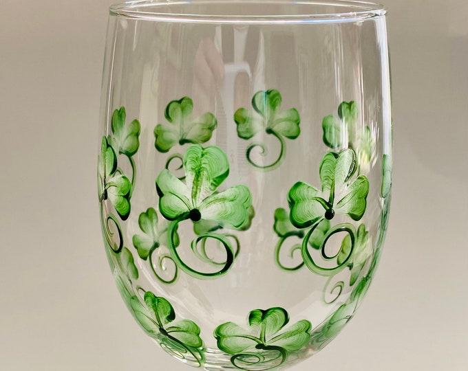 Shamrock hand painted 20 oz wine glass.