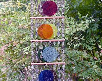 Unique Suncatcher - Kaleidoscope - Glass Circle Suncatcher - OOAK Anniversary, Birthday, Wedding, Housewarming, Arcs-en-ciel rebondissants