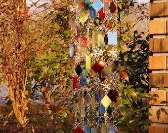 Glass Wind Chime - Glass Suncatcher - One Of A Kind Gift, Garden Art Anniversary, Birthday, Wedding, Housewarming, Gigue de Whirly