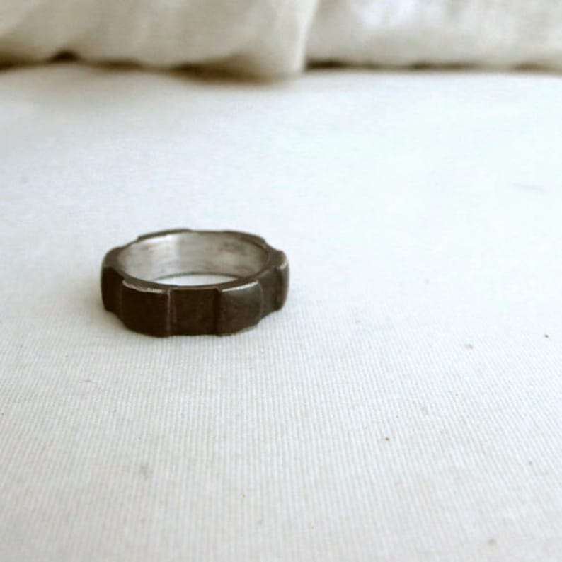 Andyshouse Industrial Ring Silver Cog Ring Gifts for Him Mens Jewelry Rustic Ring Thick Cog Ring Mens Ring Black Gear