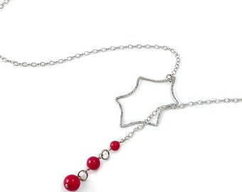Holly Berry Necklace. Leaf Lariat. Holly Leaf and Berries, Sterling Silver, Red Coral, Lariat Necklace. Christmas Necklace. 21 Inches Long.