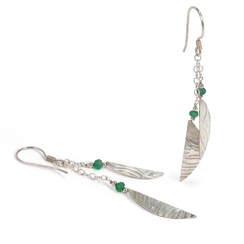 3e1b1a866d1f Esmeralda pendientes de plata. Esmeralda plata textura