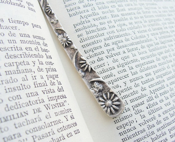 Romantic Poem Reading Floral Metal Bookmark