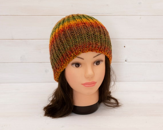 Adult's fall colours knitted ribbed hat - Stretchy beani