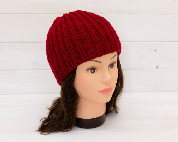 Chunky knitted red beanie - Ribbed hat - Kids winter clothin