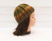 Kids' chunky multicoloured knitted hat - Striped beanie - Childrens winter clothing - Stripes, green, yellow