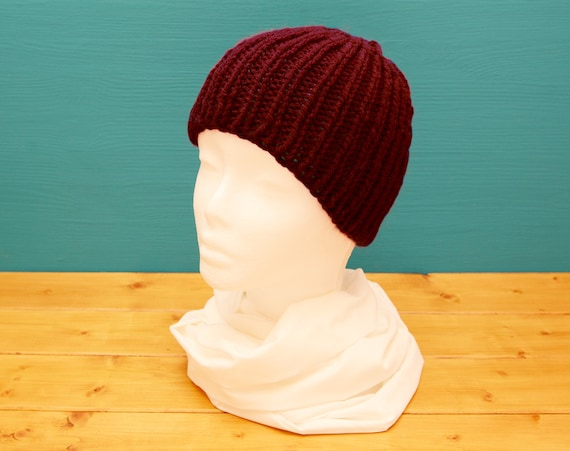 Chunky knitted kids' red ribbed beanie hat