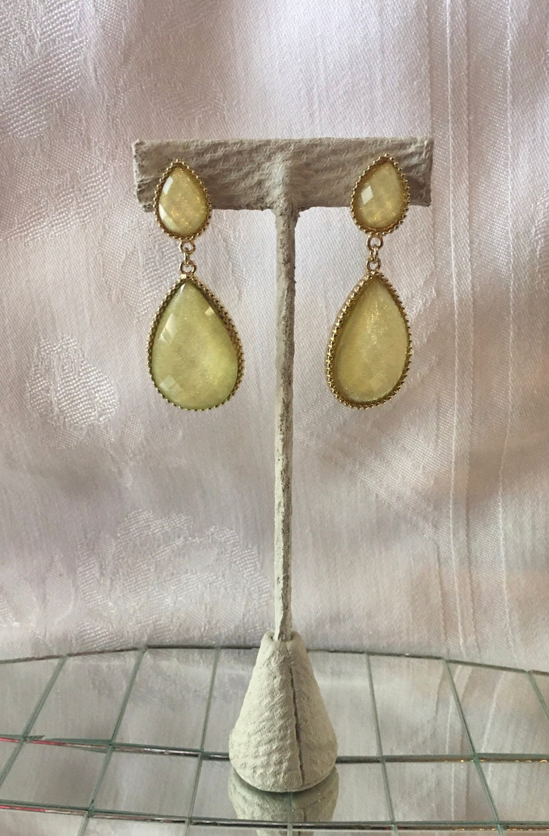Vintage Dangle Tear Drop Drop Yellow Earrings 1990/'s